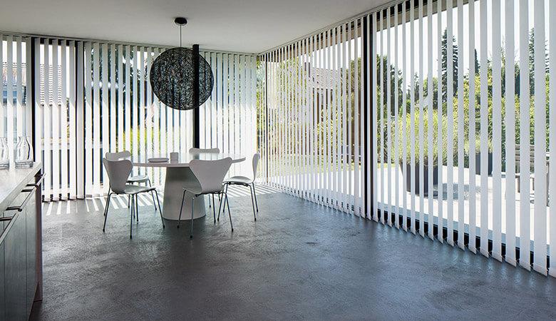 blendschutz berlin jalousien plissees vorh nge beese. Black Bedroom Furniture Sets. Home Design Ideas